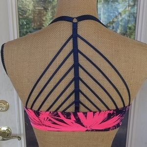 Victoria's Secret Very Sexy Push-Up Bra Sz 32D